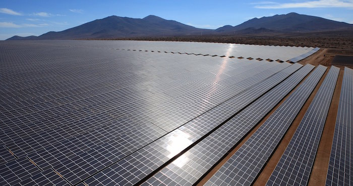 Campos de panales solares